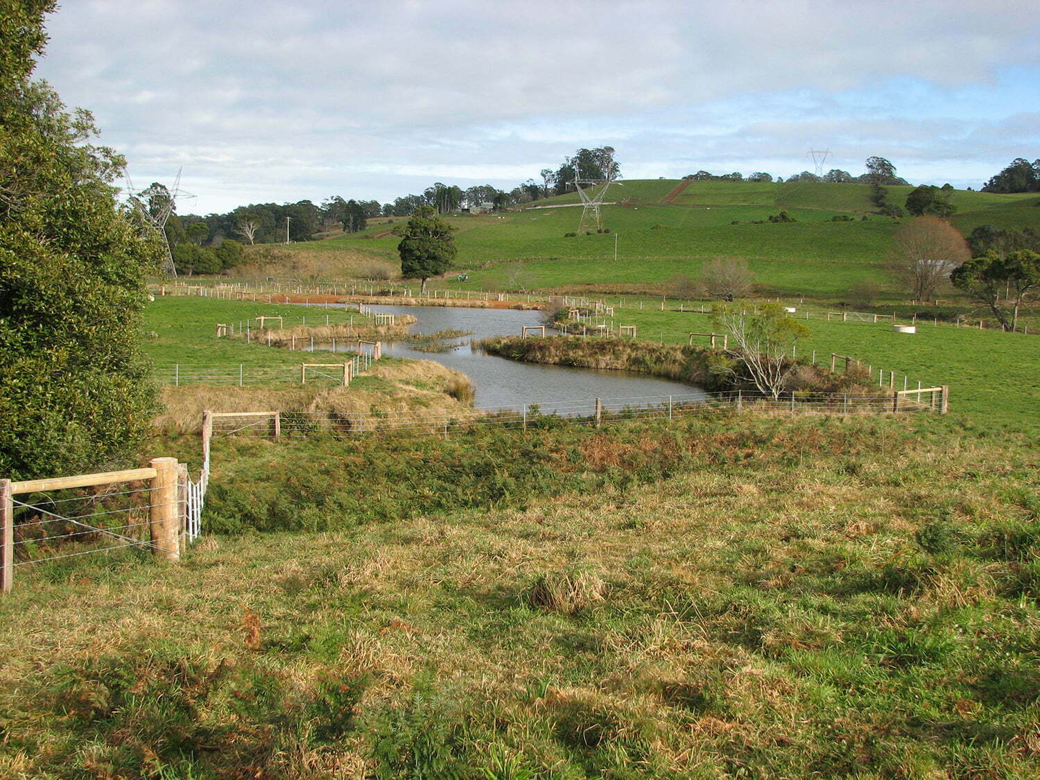 stock and waterways fencing